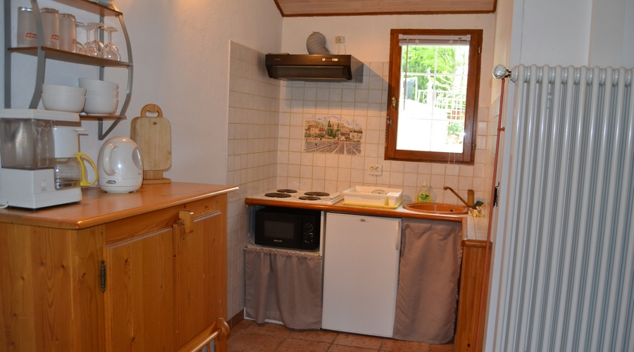 kitchenette village de gites pres de nimes